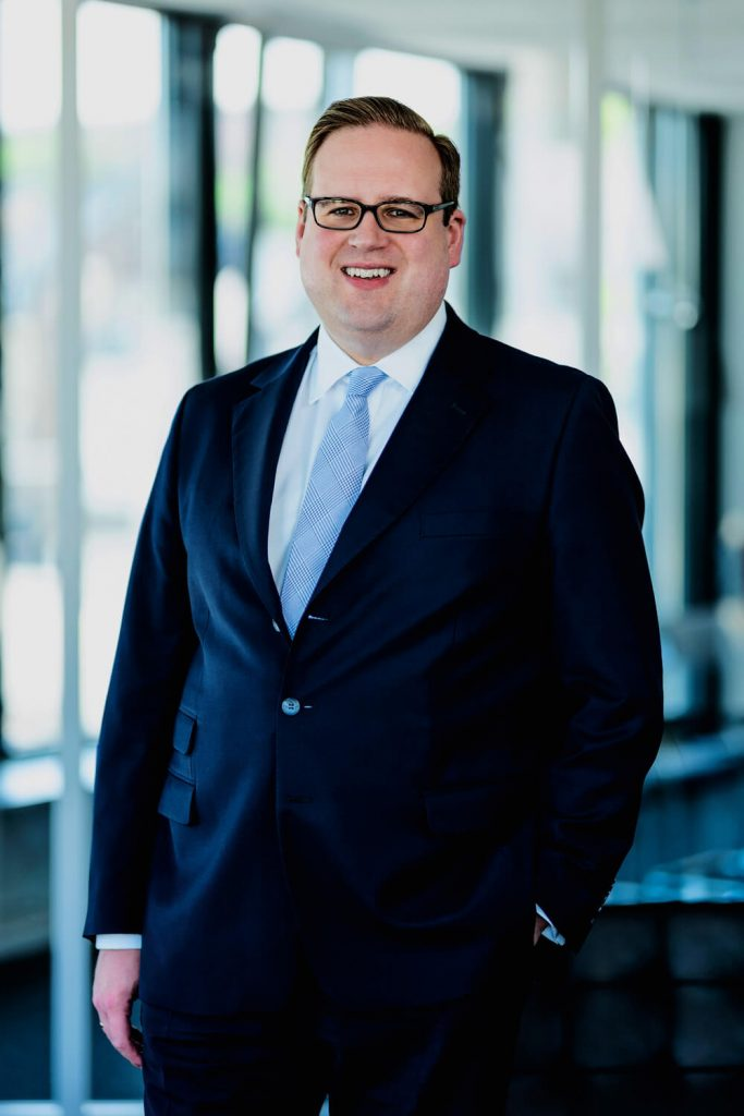 Tim Holzhauer – Rechtsanwalt und Notar